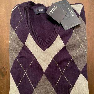 Brand new w/ Tags - IZOD men's sweater - Size M